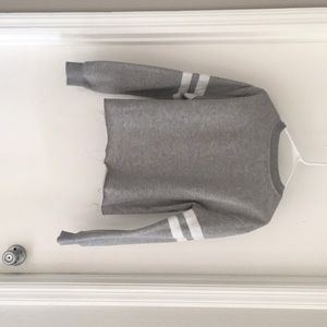 Grey and white cropped long sleeve